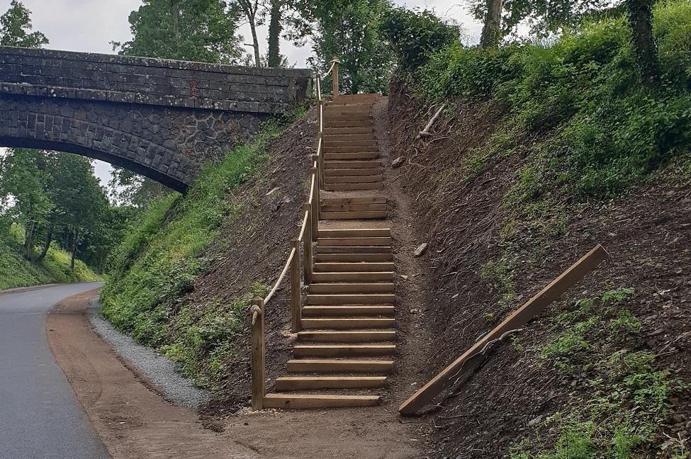escalier voie verte la charmille jardin espaces verts mauriac menuiserie paysagère
