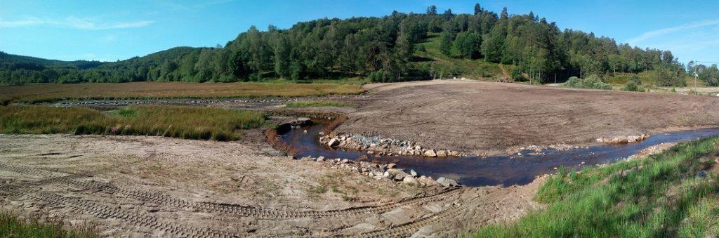 plantations travaux d'effacement du plan d'eau de peyrelevade la charmille